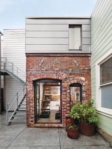 Casa mica din caramida2